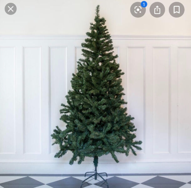 Christmas Trees Ottawa: 7 Foot Artificial Christmas Tree With Stand And Extra