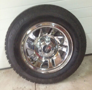 FREE DELIVERY: 4 SNOW TIRES ON RIM 205/70R/15 LIKE NEW