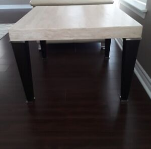 BEAUTIFUL SOFA TABLE AND MATCHING END TABLE - LIKE NEW