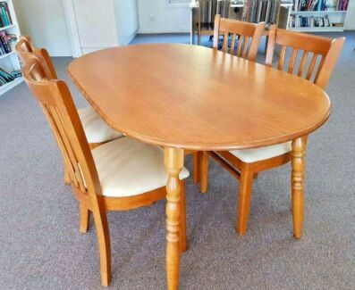 Timber Dining Table Chairs 10000 Negotiable Port Macquarie