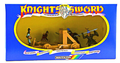 Britains Deetail # 7788 - Catapult & 4 Storm Knights - mint-in-box - poses vary