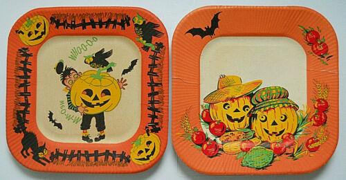 2 Vintage Beach Halloween Paper Luncheon Plates  Little Boy/JOL/Scarecrow Couple