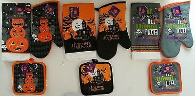 Halloween Kitchen Linen Towels, Oven Mitts & Pot Holders, Select Theme](Halloween Oven Mitts)