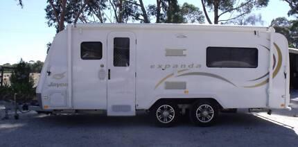 2011 Jayco Expanda 17.56-1, bunk beds.