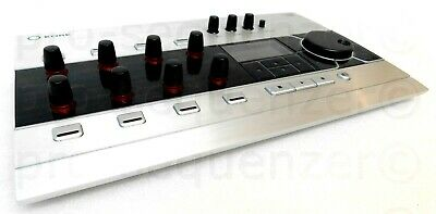 Native Instruments KORE USB2 Audio Interface +With KORE SOFTWARE +OVP+ Garantie segunda mano  Embacar hacia Spain