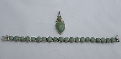 VINTAGE MEXICO 950 STERLING SILVER GREEN STONE LINK BRACELET and PENDANT SET