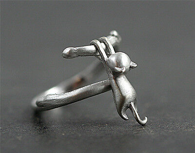 Cat Silver Plated Ring (Lovely Cat Silver Plated Ring Kitty pendant Women Party Finger Rings Jewelry )