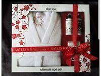 Baylis & Harding Cherry Blossom Spa Set.