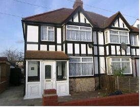 3 Bedroom Semi Detached House - ALL NEWLY REFURBED THROUGHOUT