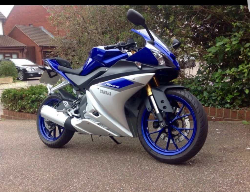 2015 64 plate yamaha yzf r125 for sale 3300 yamaha warranty 02 2017 no mot due until 2018. Black Bedroom Furniture Sets. Home Design Ideas