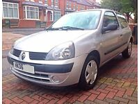 RENAULT CLIO CAMPUS 2006 1.2 ONLY 52K MILEAGE WITH 11 MONTHS MOT & NEW BATTERY NOT YARIS CORSA
