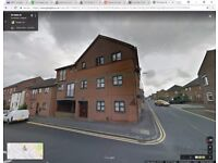 Professionals wanted to Share/Rent Luxury 2 Bed Flat Central Dunstable (Newly Refurbished)
