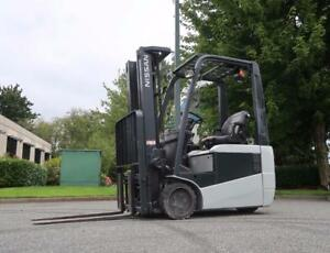 Nissan TX30 Electric Forklift