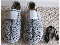 Childrens Santiro Light up Shoes, size 3, NEW and Unworn.