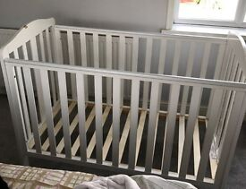 Mothercare Takeley Cot In bery Good Confition