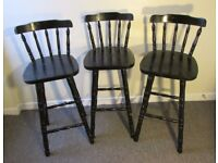 3 black wooden breakfast bar stools in good condition, kitchen furniture, FREE DELIVERY