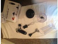VERY CHEAP AND ALMOST NEW HAND BLENDER SET
