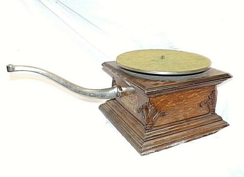 TALK O PHONE DISC PHONOGRAPH WITH CASE ,MOTOR,TURNTABLE AND ARM , NICE START