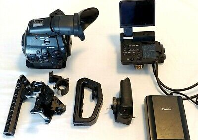 Canon EOS C300 Cinema Super-35mm HD Camcorder Body 985 Hour EF Mount