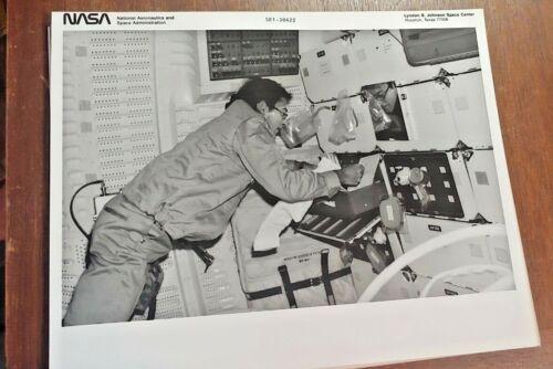 Vintage NASA Black & White Pic Of Astronaut John W. Young Working S81-30422