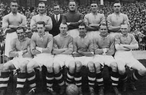 WEST-HAM-UNITED-FOOTBALL-TEAM-PHOTO-1937-38-SEASON