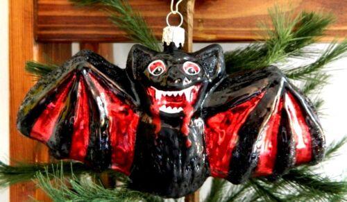 Bloody Black/Red Vampire Bat  Mold Blown Glass Halloween Tree Ornament  Germany