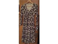 Jojo Maman Bebe maternity and nursing wrap dress (size S)