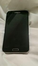 Samsung Galaxy S5 SM-900F - 4G - 16GB Gold A used Samsung Galaxy S5 SM-900F 16GB
