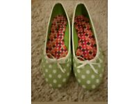 Polka dot tonic shoes