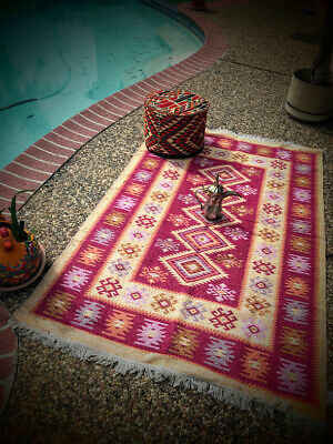 Rugs and Carpet matching  ARABIC floor SEATING  جلسة عربية - Rugs And Carpets