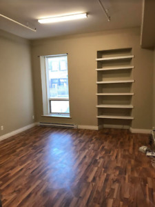 Great Office Space on Canterbury & Princess!