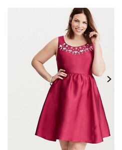 Torrid Special Occassion Dress - size 20