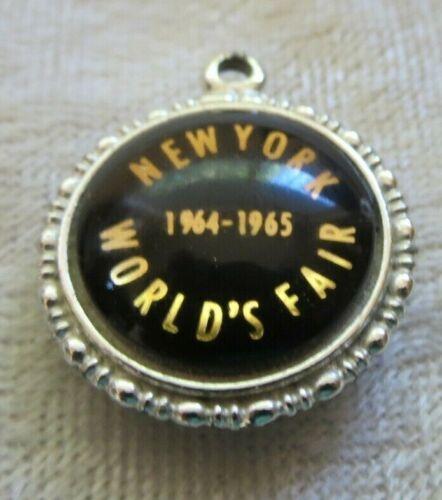 vintage New York Worlds Fair pendant charm 1964-1965