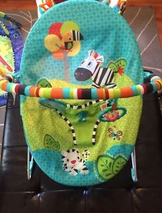 Bright Starts bouncy chair with vibration Peterborough Peterborough Area image 1