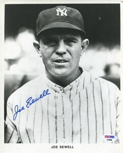 Joe-Sewell-8X10-B-W-Auto-Yankees-PSA-DNA
