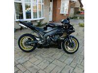 Yamaha YZF-R1 06 YZF R1 zx10 gsxr cbr