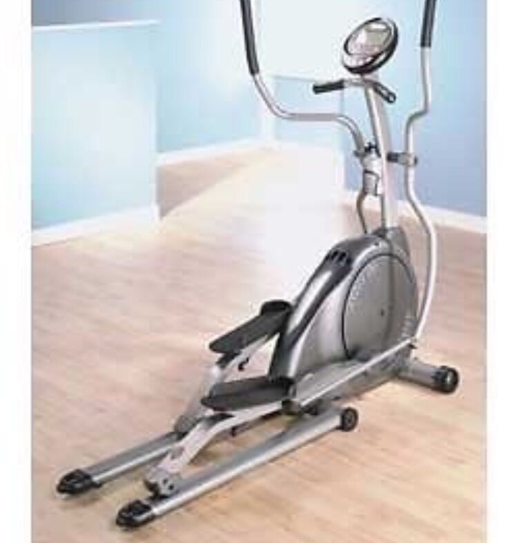 "Crosstrainer horizon Andes elliptical cross trainerin St Mellons, CardiffGumtree - Excellent condition hardly used cost around £700 when bought Will need van to move Includes instructions Two step folding frame makes it easy to store and move 7 kg / 15.4 lbs balanced flywheel provides smooth movement 5.8"" LCD with profile..."