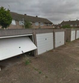 Garage in Rainham, RM13, Essex (SP44055)