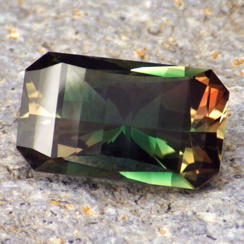 GREEN-TEAL-PINK MULTICOLOR OREGON SUNSTONE 8.20Ct FLAWLESS-TOP RARITY-VIDEO