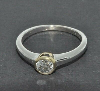18ct white gold 0.33ct octagonal cut diamond solitaire ring size I 1/2