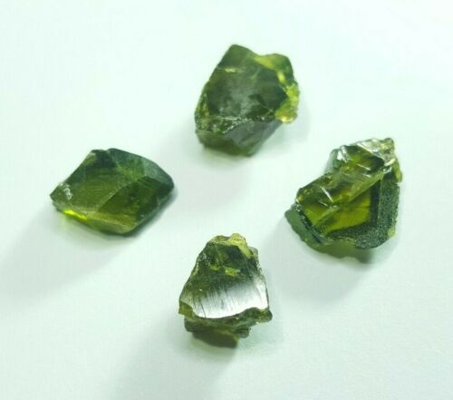 33.60 cts Stunning Natural RARE Green Sphene Titanite Crystals @ Pakistan WOW!