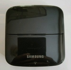 Samsung Charging Dock with Audio Line Out, mint condition