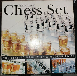 shooters en Jeu d'échec  - Shot Glass Chess Set