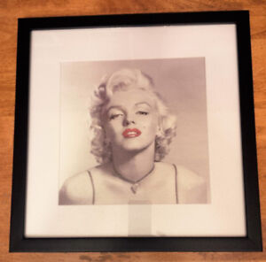 Framed Marilyn Monroe Picture F/S