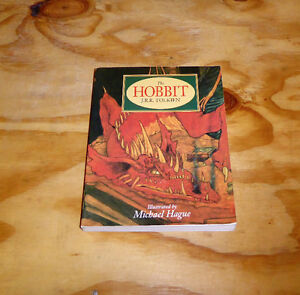 JRR Tolkien The Hobbit (softcover)