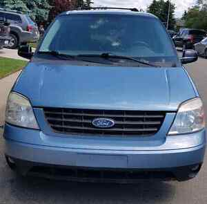 2007 Ford Freestar sport Van, with Romote starter and Town pack.