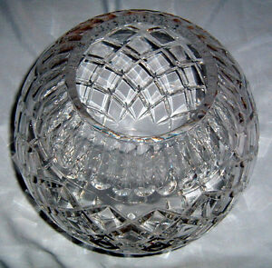 "Bombay Company ""Diamond Cut Crystal Bowl"""