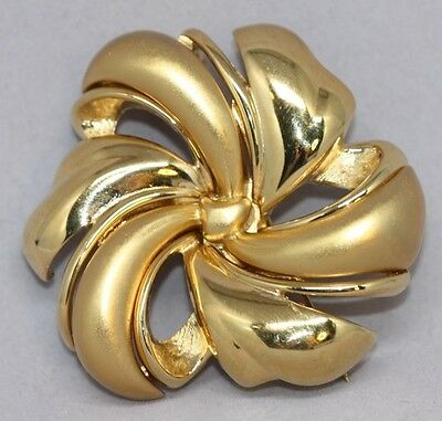 Art Deco Flower Brooch - Signed Monet Gold Tone Art Deco Flower Brooch Pin Shiny Matte Pinwheel BR258