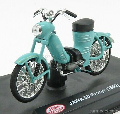 Abrex 118m 001m scala 1/18 jawa 50 pionyr 1950 very light green modellismo