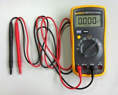True NEW FLUKE 15B F15B Digital Multimeter w/ Free Case on Rummage